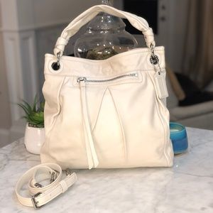 Coach Parker smooth leather hippie bag great cond.